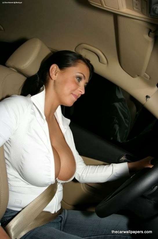 10 Best Reasons To Sleep With A Hot Mom