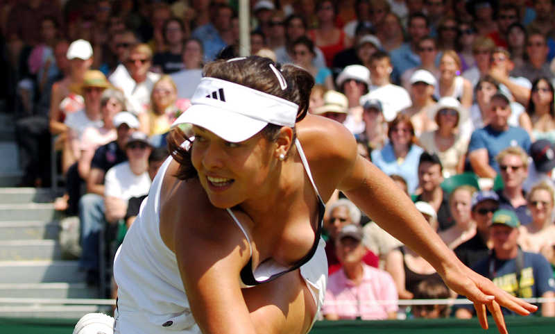 15 Tennis Divas Who Intensely Heated Up The Court