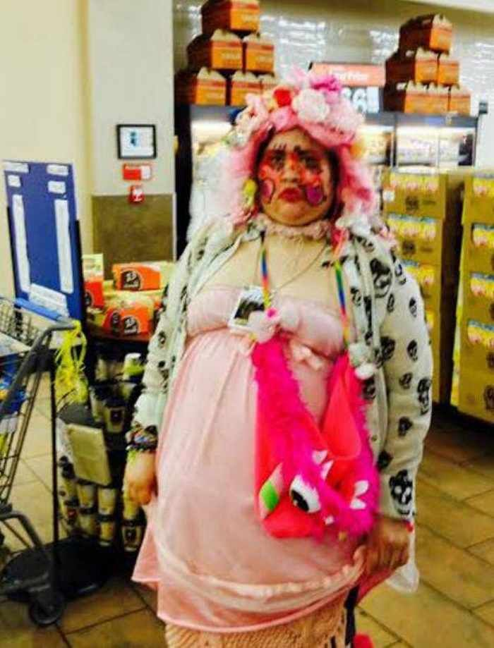 35 Extremely Amusing People of Walmart Photos That Will Make