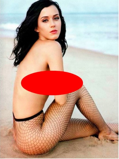 Katy Perry Lost Her Mind And Clothes… Keep Them Off Girl