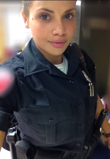 World's Sexiest Cop Works As Lingerie Model When She's Off Duty