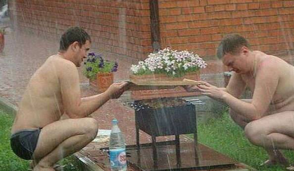 Funny and Awkward Moments Caught on Camera #24 (33 Pics)