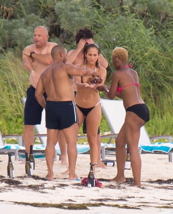 Jennifer Lopez In Bikini In Nassau 07242018 Page 2 Of