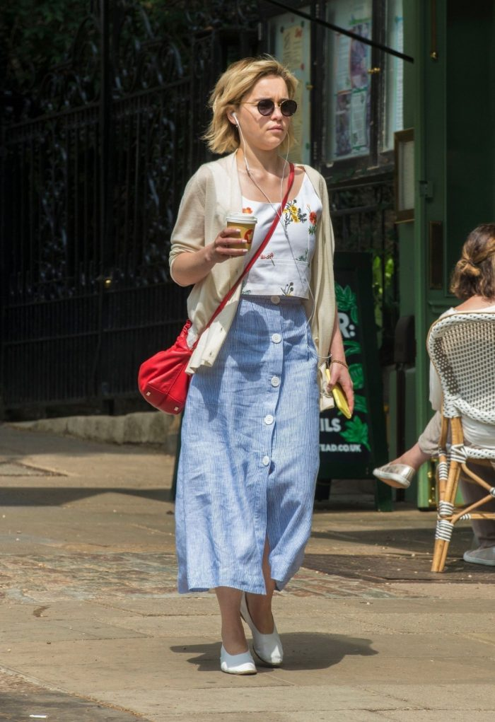 7 Photos Of Emilia Clarke In Casual Outfit – Grabs A Coffee In London 07/05/2018