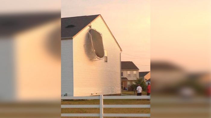 15 Photos That Proved The Wind Is Not Our Friend