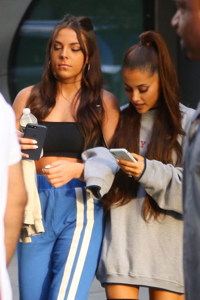 4 Photos Of Ariana Grande – With A Friends In NYC 07/05/2018
