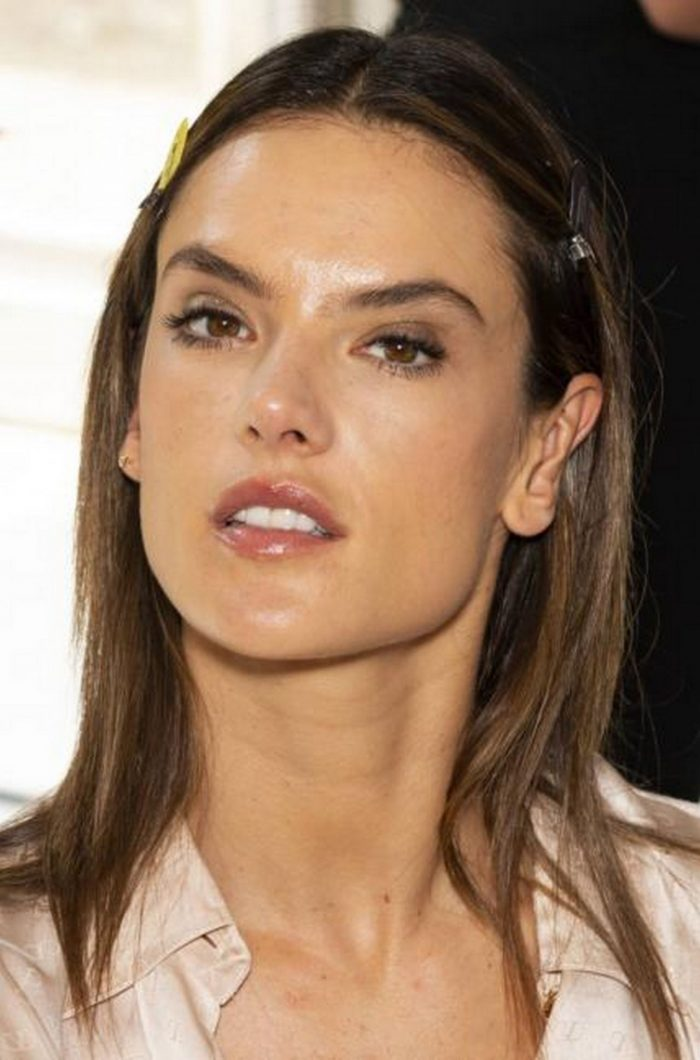 10 Photos Of Alessandra Ambrosio – Zuhair Murad Couture Fashion Show Backstage 07/04/2018
