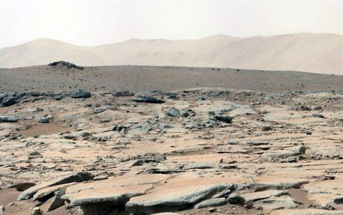 How Does The Surface Of Mars Look Like Without Photoshop?
