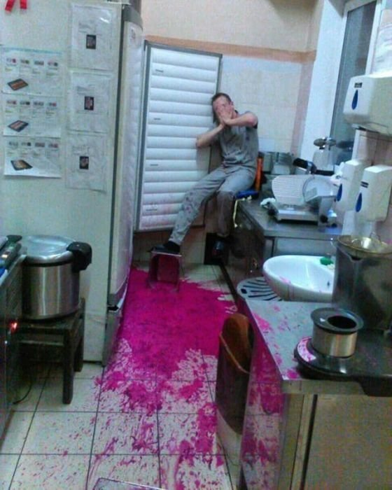 20 Ridiculous Situations That Show It Can Always Be Worse