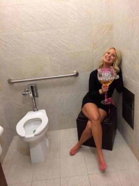33 Moments When Alcohol Was Too Much