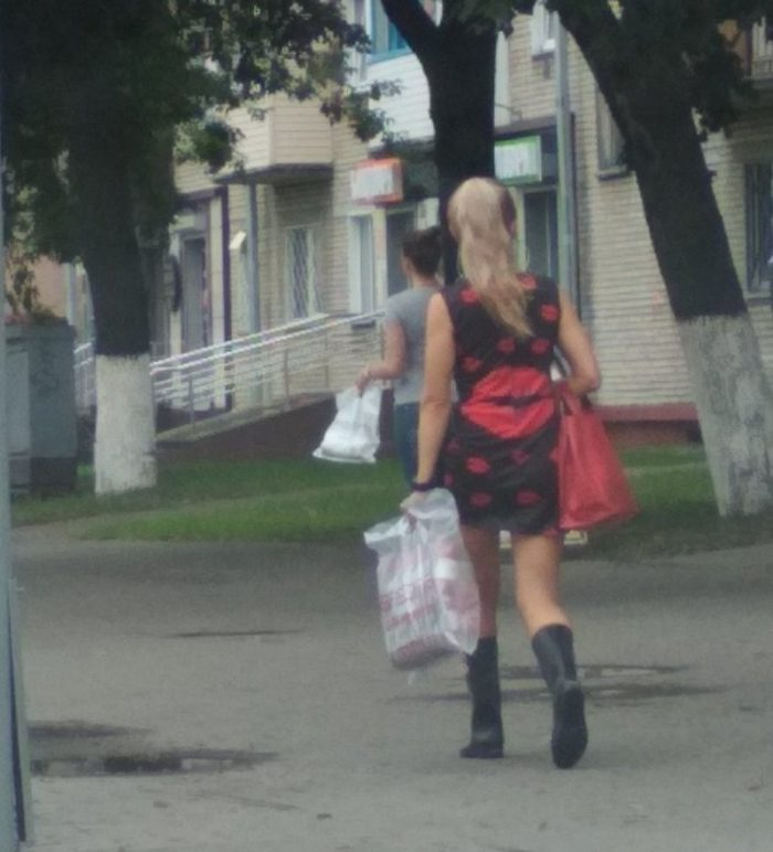 29 Weird People Who Could Not Care Less About Fashion