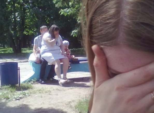 13 Awkward And Shameful Moments Caught On Camera