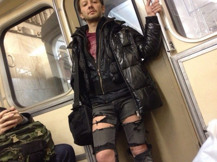 32 Very Weird People Who Could Not Care Less About Fashion