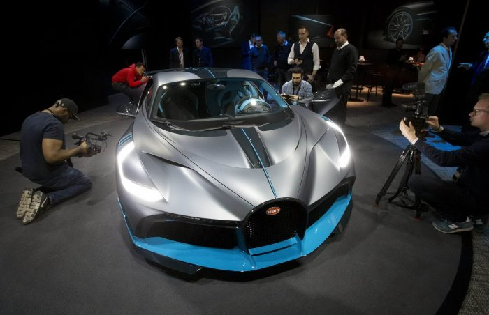 34 Bright Cars Of Paris Motor Show 2018