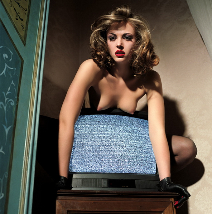 33 Colorful Erotic Works Of Guido Argentini