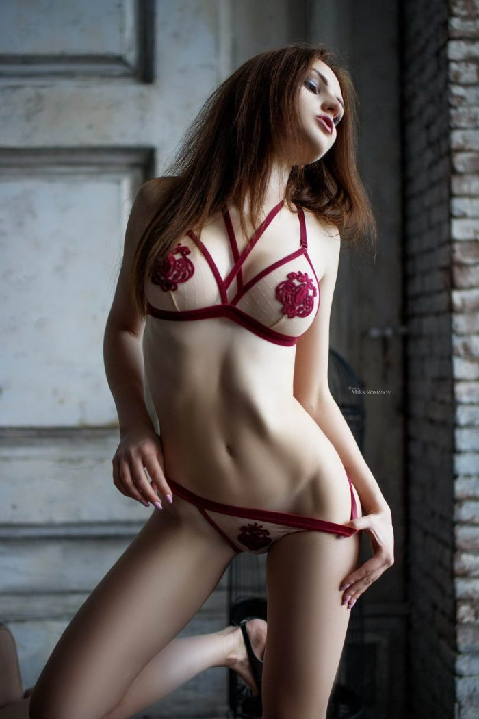 41 Lingerie Looks Of Cute Girlfriends To Make Your Day