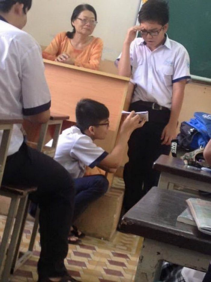 26 Most Funny And Strange Pictures From Asia
