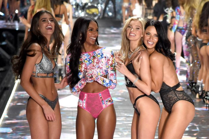 47 Bright Moments Of Victoria's Secret Fashion Show 2018