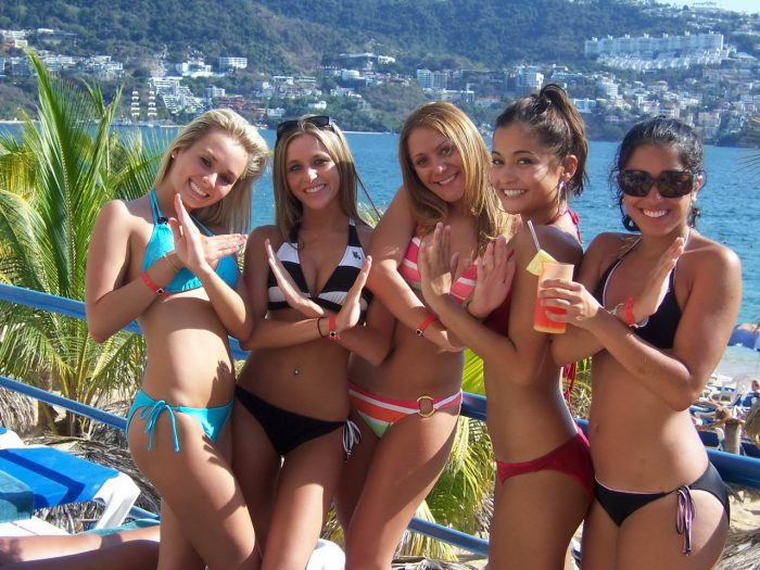 Hot Girls In Bikinis You Must See (42 Photos)