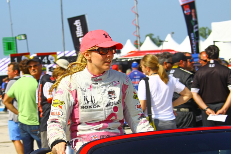 30 Of The Coolest Female Race Car Drivers