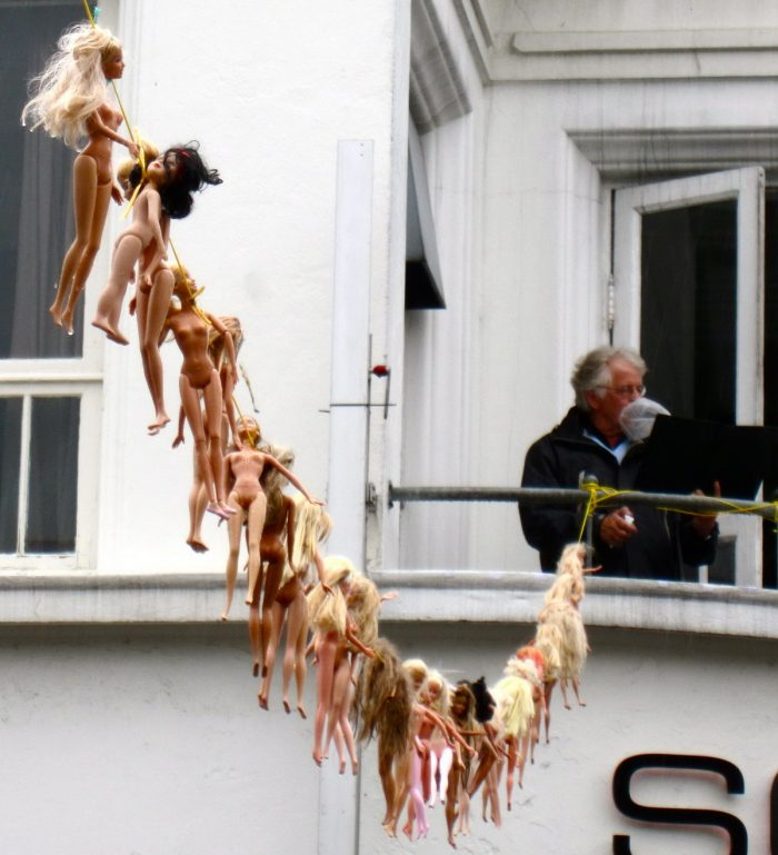 Weird Pictures That Can Not Be Explained (33 Photos)