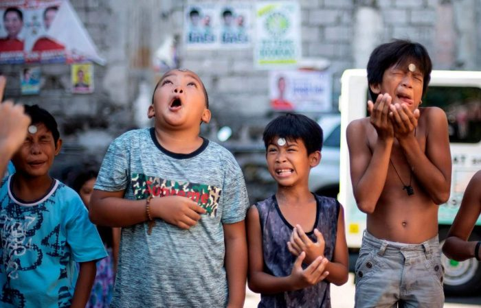 Daily Life In Philippines (22 Photos)