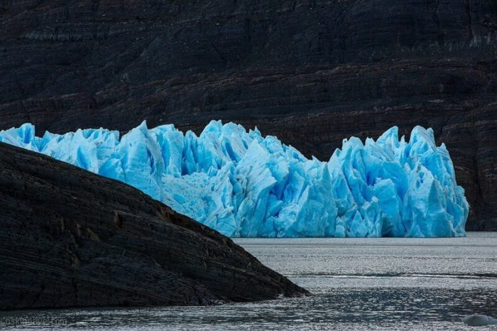 Gray Glacier In Patagonia (20 Photos)