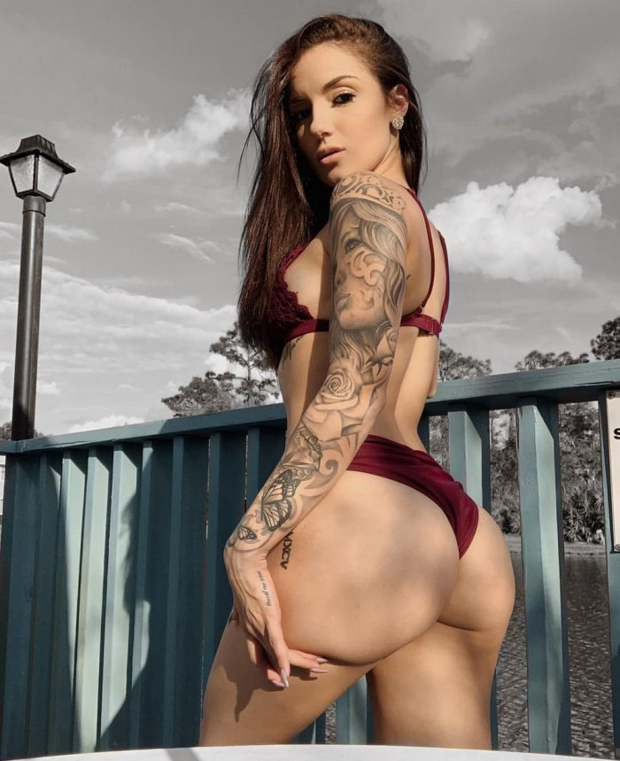 Hot Tattoo Girls You Must See (36 Photos + 4 GIFs)