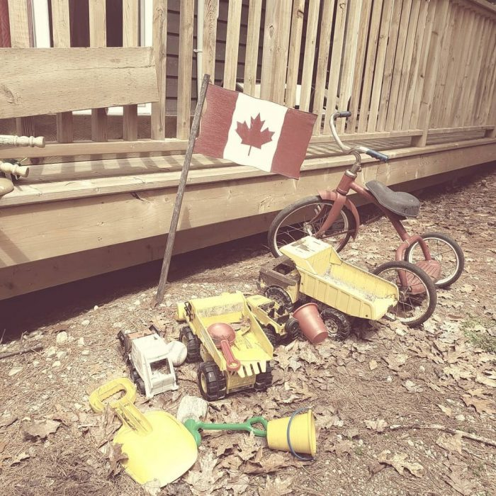 Funny Pictures From Canada (38 Photos)