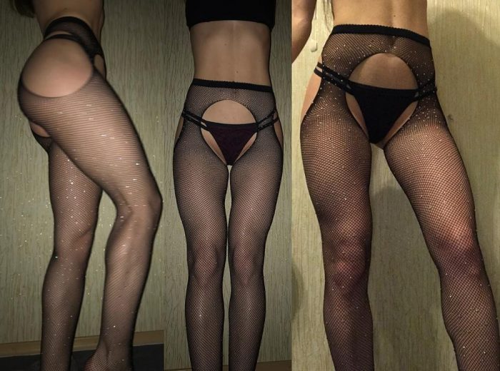 Girls Try On Underwear Bought In Online Store (44 Photos)
