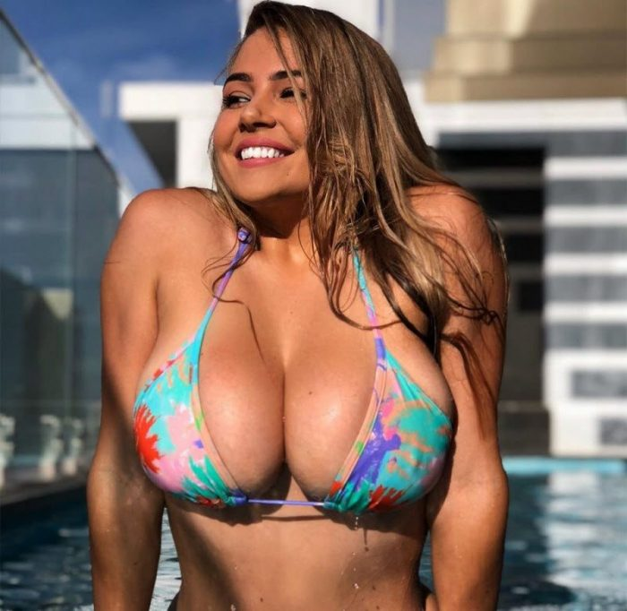 Girls With Very Outstanding Qualities (37 Photos)