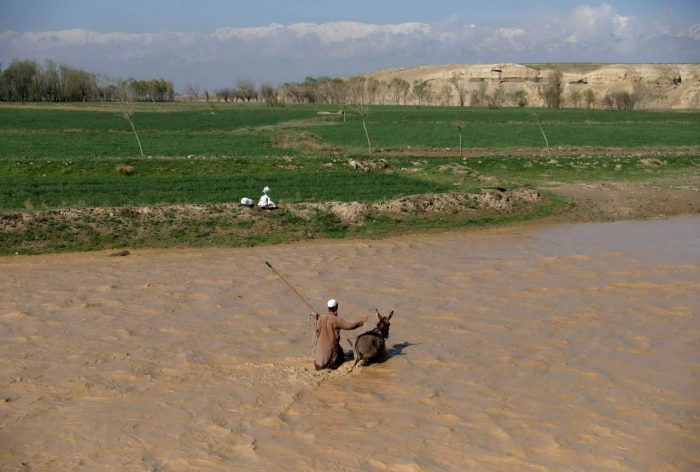Daily Life In Afghanistan (20 Photos)