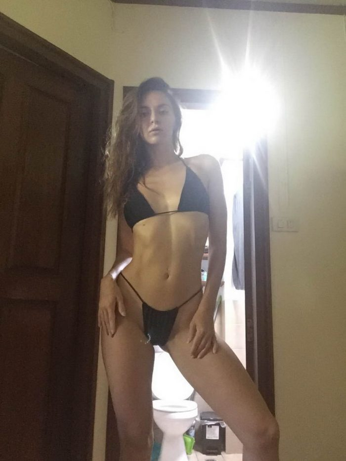 Girls Try On Underwear Bought In Online Store (39 Photos)