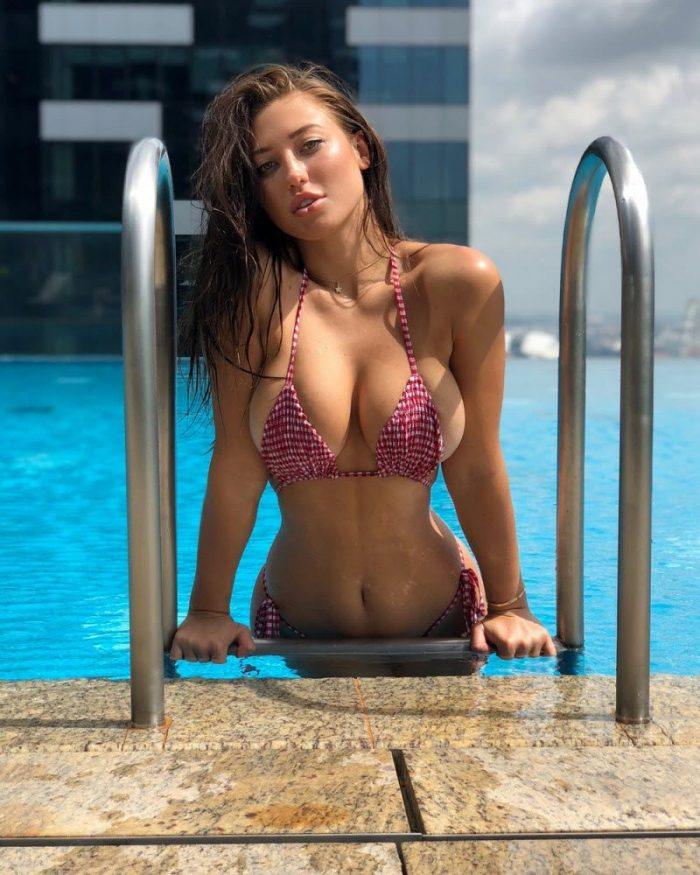 Hot Girls In Bikinis You Must See (34 Photos)