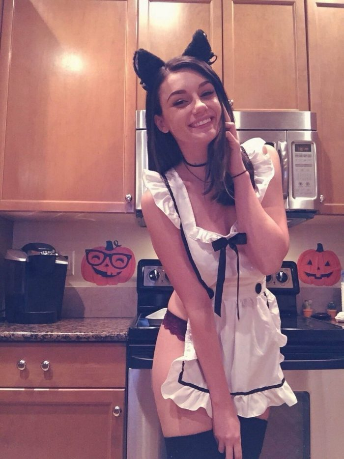 Pretty Cute Girls Of The Day (40 Photos)