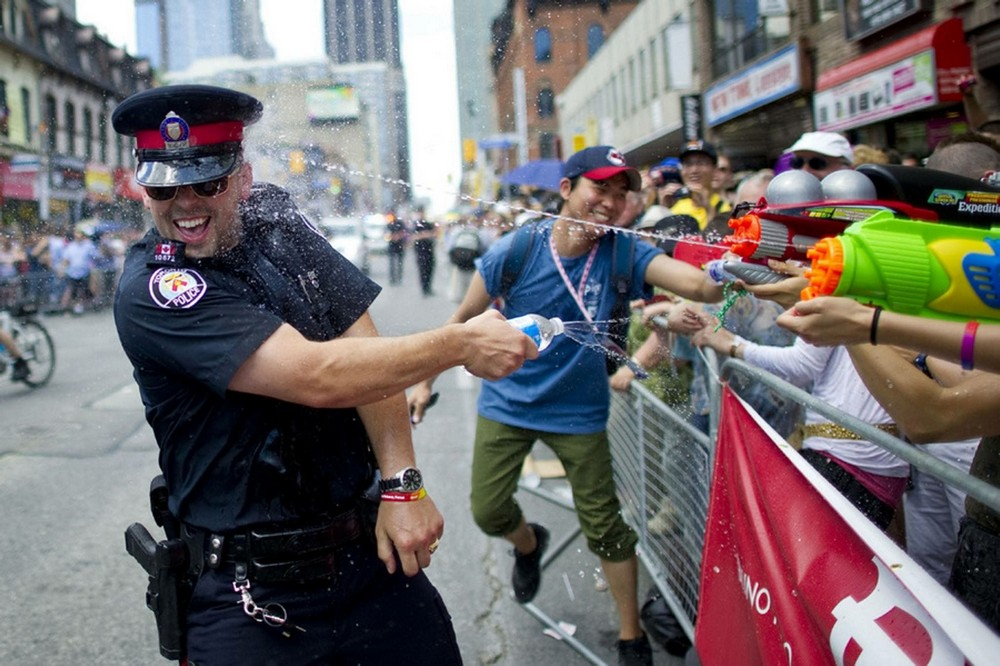 Funny And Awesome Pictures From Canada (39 Photos + 2 GIFs)