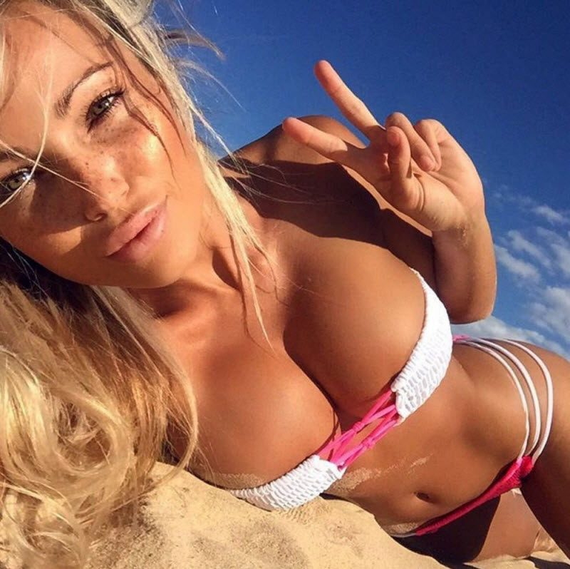 Girls With Very Outstanding Qualities (32 Photos)