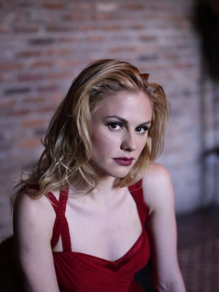 Anna Paquin Hot Pictures And Fashion Style (49 Photos)