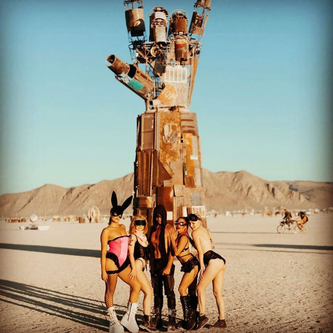 Extravagant Guests Of Burning Man 2019 (35 Photos)