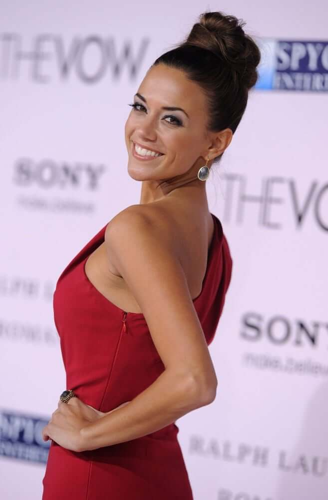 Jana Kramer Hot Pictures And Fashion Style (49 Photos)
