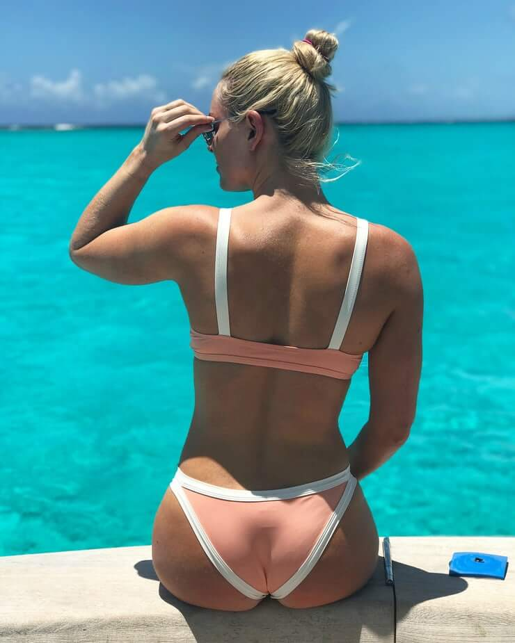 Lindsey Vonn Hot Bikini Pictures And Fashion Style (49 Photos)