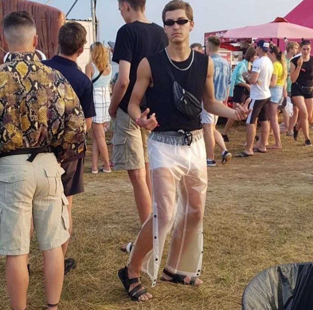 Funny Weird People Who Like To Look As Stupid (40 Photos)