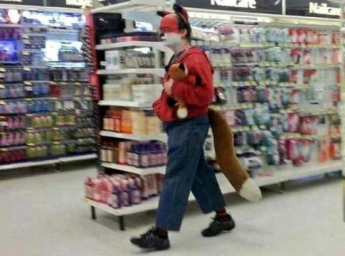 Weird People Who Fell Victim To Fashion (16 Photos)