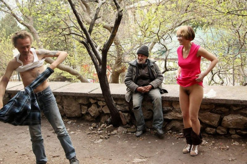 Most Embarrassing And Funny Awkward Moments Caught On Camera (28 Photos)