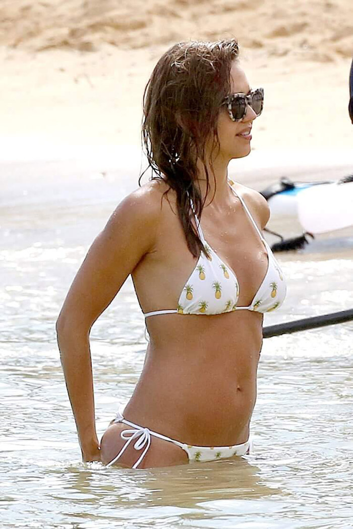 Jessica Alba Hot Bikini, Boobs And Butt Pictures (167 Photos)