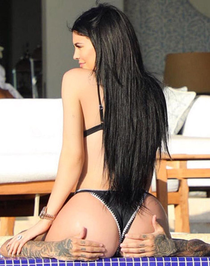 Kylie Jenner Hot Bikini, Boobs And Butt Pictures (75 Photos)