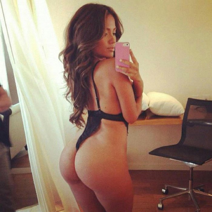 Pretty Hot Girls You Must See (49 Photos)