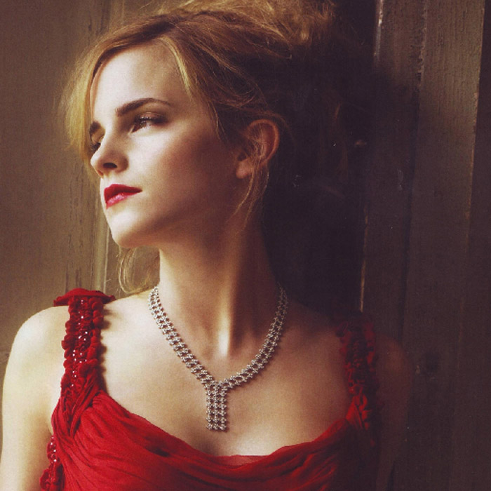 Emma Watson Hot Pictures, Bikini And Fashion Style (31 Photos)