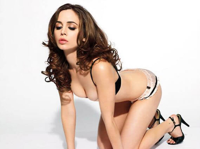 Alison Brie Hot Pictures, Bikini And Fashion Style (49 Photos)
