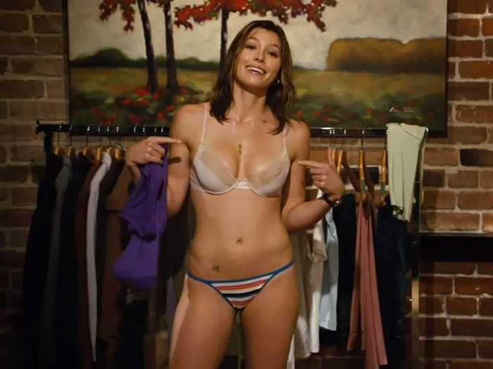 Jessica Biel Hot Pictures, Bikini And Fashion Style (49 Photos)